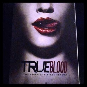 TRUE BLOOD FIRST FULL SEASON